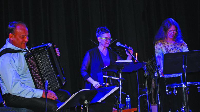 Photo : France Leblanc | L'alto Josée Lalonde, à la solide réputation dans le monde du chant classique, la soprano Karen Young, l'une des plus grandes chanteuses de jazz au Canada, et Vladimir Sidorov, virtuose de l'accordéon bayan (classique)