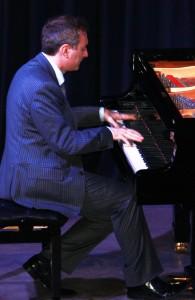 Le pianiste Gianluca Luisi