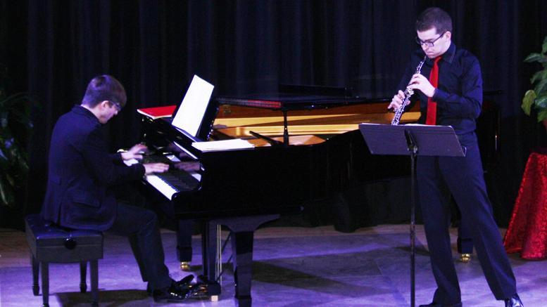 Photo Serge Pilon ; Olivier Hébert-Bouchard, piano et Vincent Boilard, hautbois