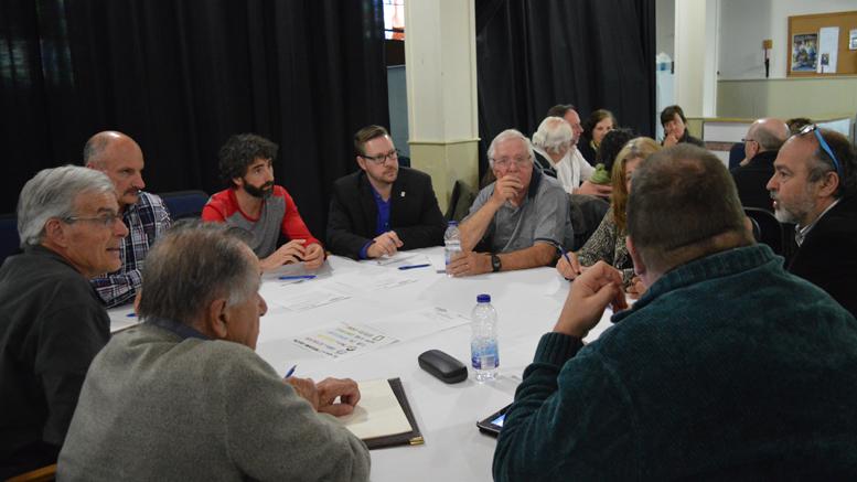 Photo : courtoisie Ville de Prévost; C'est en table de 8 à 10 citoyens et d'un animateur que l'ensemble des participants ont pu échanger leur point de vue