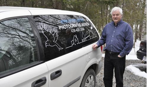 Claude Duchaîne et son nouveau projet de photographies aériennes des fermes du Québec, dans le but de mettre en valeur les fermes du Québec
