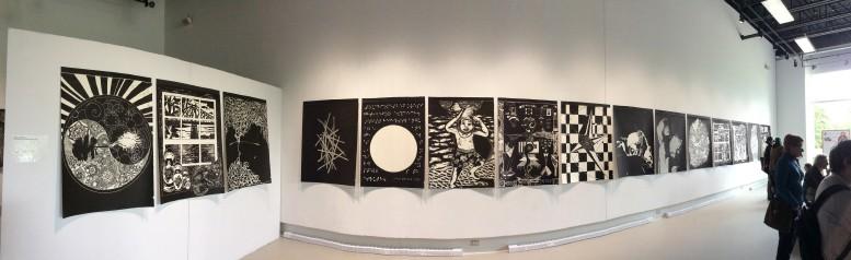 Photo : Germain Locas ; L'Atelier de l'île de Val-David, centre d'artistes autogéré spécialisé en estampe contemporaine, tenait le 6 août dernier son vernissage de l'exposition Faire impression – 40 ans de l'Atelier de l'île, à la Galerie R3 de l'Université du Québec à Trois-Rivières.