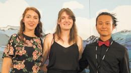 Les jeunes avec qui j'ai passé la première partie de mon voyage Aucéane Roux, l'auteure de ces lignes, et Guang Jeong.