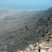 Djebel Samhan, massif montagneux de 1812 m. Dans le Dhofar, au sud du pays. C'est la région où pousse l'arbre à encens, le boswellia sacra, le plus recherché au monde. Photo Diane Brault